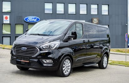 FORD Tourneo Custom   2021R.